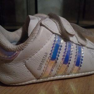 Adidas baby white superstar